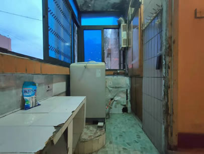 三峡广场 小龙坎新街一房900元/月